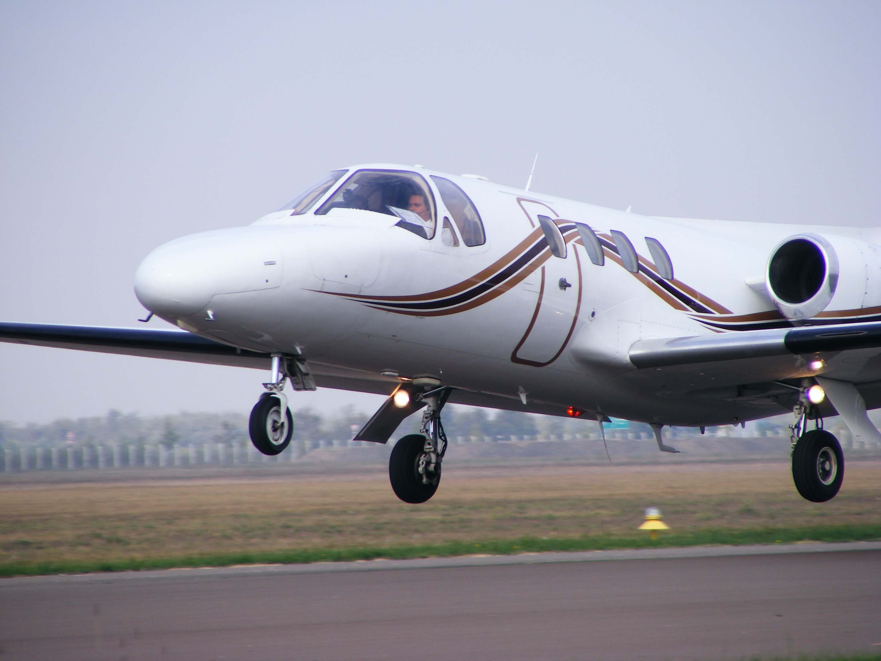Cessna-500-Citation-I-HA-JET_07